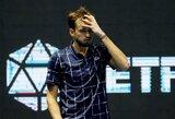 """D.Medvedevas """"French Open"""" organizatorių sprendimą pavadino absurdišku: """"Covid-19 išnyks per savaitę?"""""""