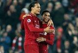 """""""Liverpool"""" derasi su """"Nike"""" dėl pelningiausios sutarties Anglijoje"""