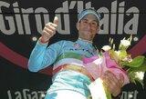 """Drama """"Giro d'Italia"""" lenktynėse: lyderis pasikeitė likus vos dviems etapams"""