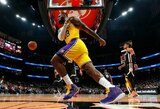 """""""Lakers"""" išsikapstė Atlantoje"""