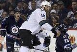 """J.Thorntonas įsirašė į NHL lygos istoriją, o """"Sharks"""" palaužė """"Jets"""" ekipą"""