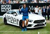 """R.Federeris triumfavo Štutgarte ir laimėjo įspūdingą """"Mercedes"""" automobilį"""