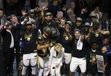 """""""Warriors"""" užtikrintai L.Jameso tvirtovėje tapo NBA čempione"""