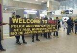 Pinigų negaunantys policininkai ir gaisrininkai protestuoja Rio de Žaneire: olimpiada gali būti didelė nesėkmė