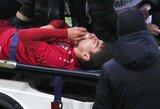 """Nemalonus incidentas Rusijoje: """"Rubin"""" žaidėjas susidūrė su komandos draugu ir buvo išvežtas iš aikštės"""