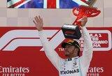 """""""Mercedes"""" vadovas neatmeta galimybės, kad L.Hamiltonas pereis į """"Ferrari"""""""