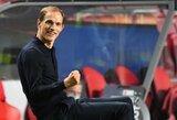 PSG futbolininkai juokiasi iš trenerio T.Tuchelio pasirinktos taktikos