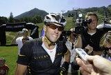 Iš profesionalaus sporto diskvalifikuotas L.Armstrongas laimėjo triatlono varžybas