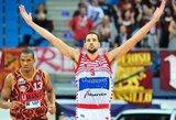 NBA čempionas Italijoje surengė įspūdingą pasirodymą ir pataikė metimą per visą aikštę