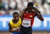 Jaudinanti akimirka pasaulio čempionate: B.S.Dabo sustojo trasoje, kad padėtų traumuotam varžovui pasiekti finišą