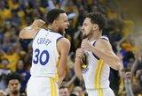 """""""Warriors"""" savininkas nori amžiams komandoje išlaikyti S.Curry ir K.Thompsoną"""