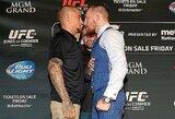 """Pirmą kovą su D.Poirier ir naują kontraktą su UFC prisiminęs C.McGregoras: """"Esu labai dėkingas, kad galiu grįžti ir vėl daryti tai, ką myliu"""""""