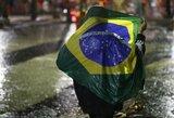 Įtampos neatlaikiusi Brazilijos rinktinės gerbėja pakėlė prieš save ranką