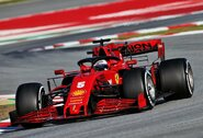 S.Vettelis Barselonoje buvo nepralenkiamas, L.Hamiltono bolidas sugedo, o M.Verstappenas įstrigo žvyre