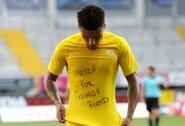 """J.Sancho pelnė """"hat-tricką"""", o """"Borussia"""" iškovojo triuškinamą pergalę"""