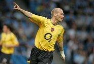 """Arsenal"" legenda kyla karjeros laiptais: F.Ljungbergas tapo U.Emery asistentu"