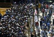 Pamatykite: tūkstančiai žmonių išėjo į Buenos Airės gatves pagerbti D.Maradoną