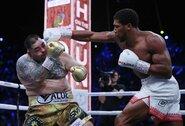 Karalius sugrįžo: A.Ruizo kraują praliejęs A.Joshua iškovojo 4 pasaulio čempiono diržus!