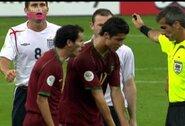 W.Rooney prisiminė 2006 m. pasaulio čempionato ketvirtfinalyje įvykusį susistumdymą su C.Ronaldo ir užsidirbtą raudoną kortelę bei pasakė, kokią tai turėjo įtaką jų draugystei