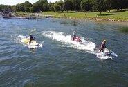 Vandens motociklų lenktynininkai sezono pusiaukelę pasitiko Elektrėnų mariose