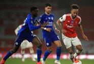"""""""Leicester City"""" išplėšė lygiąsias su dešimtyje rungtyniauti likusiu """"Arsenal"""""""