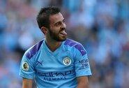 """Su komandos draugu pajuokauti norėjęs """"Manchester City"""" žvaigždė B.Silva tiriamas dėl rasizmo"""