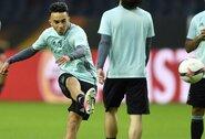 """Neįtikėtina: iš komos pabudęs """"Ajax"""" talentas po beveik trejų metų grįžo namo"""
