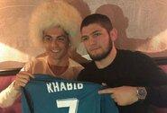 """C.Ronaldo pasveikino Ch.Nurmagomedovą: """"Tavo tėvas tavimi labai didžiuojasi"""""""