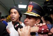 Ronaldinho smaginasi kalėjime: vaizdo įrašas nustebino karantine gyvenantį pasaulį