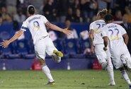 """""""Hat-tricką"""" Los Andželo derbyje pelnęs Z.Ibrahimovičius nesusivaldė: varžovų trenerį pavadino maža kale"""
