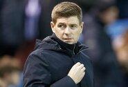 """""""Man City"""" situaciją stebintis S.Gerrardas: """"Įdomu, kaip baigsis ši istorija"""""""