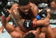 Į atlapus savaitgalį UFC narve kibs sunkiasvoriai