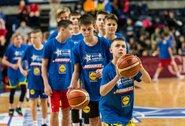 Lietuvos moksleivių krepšinio lyga dviem savaitėms stabdo čempionatus