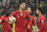 C.Ronaldo pelnė 700-ąjį karjeros įvartį, bet laimėjusi Ukraina užsitikrino vietą Europos čempionate