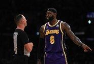 """Be pergalių: """"Lakers"""" nesėkmė pažymėta aukštaūgių peštynėmis ir Ch.Paulo pasiekimu"""