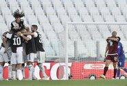 """""""Juventus"""" vietiniame čempionate iškovojo triuškinamą pergalę, C.Ronaldo pirmą kartą """"Serie A"""" įmušė baudos smūgį"""