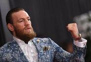 """Prieš """"UFC 257"""" turnyrą – milijoninis moterų ieškinys C.McGregorui"""