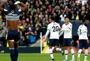 """""""Tottenham"""" 86-ąją minutę kontraversišku įvarčiu išplėšė lygiąsias prieš """"Premier"""" lygos autsaiderius"""
