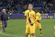 """Pamatykite: F.De Jongas sunkiai valdė emocijas sužinojęs, kad """"Ajax"""" iškrito iš Čempionų lygos"""