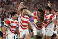 Japonijos regbininkų pasaka tęsiasi – nugalėti škotai ir pelnytas bilietas į ketvirtfinalį, Kanados rinktinė ėmėsi kastuvų