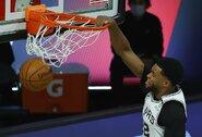 """""""Spurs"""" įveikė traumų išretintą """"Jazz"""""""