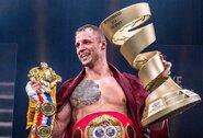 """Latvis M.Briedis """"WBSS"""" finale įveikė Y.Dorticosą ir užsijuosė IBF čempiono diržą bei iškovojo M.Ali trofėjų"""