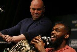UFC čempionas J.Jonesas įsiutęs: D.White'ą vadino melagiu ir grasina palikti organizaciją