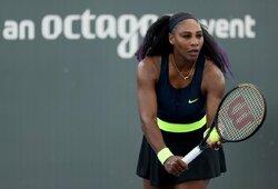 Daugiau nei 22 metus besitęsianti konkurencija: S.Williams nugalėjo seserį ir žengė į ketvirtfinalį