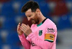 """Dviejų įvarčių pranašumą iššvaisčiusi ir pergalę iš rankų išleidusi """"Barcelona"""" prarado svarbius taškus """"La Ligoje"""""""