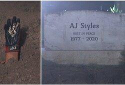 """""""WrestleMania 36"""": akistata kapinėse ir """"palaidotas"""" A.J.Stylesas"""