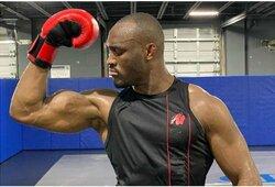 """K.Usmanas siūlo C.McGregorui specialias kovos sąlygas: """"Narve pabandysiu numušti galvą nuo jo pečių"""""""