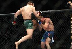 Medikų išvados: C.McGregorui pralaimėjęs D.Cerrone'as sulaukė ilgos diskvalifikacijos, tačiau turėtų sugrįšti greičiau