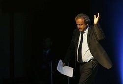 Suimtas galimai pasaulio čempionatą Katarui pardavęs M.Platini