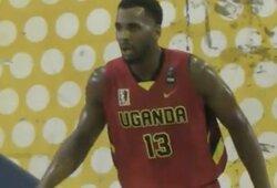Ugandos rinktinėje debiutavęs B.Daviesas surengė dėjimų šou